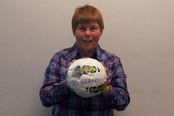 Daniela Huhn spielt sehr gerne Fußball. (Foto: SOD)