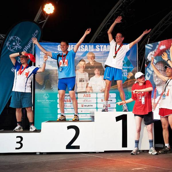 Teilnahme an verschiedenen Wettbewerben