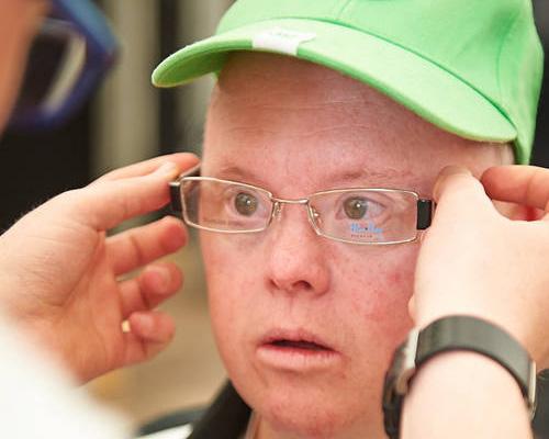 Beim Programm Besser Sehen bekommen die Athleten eine Brille. (Foto: SOD/ Tom Gonsior)